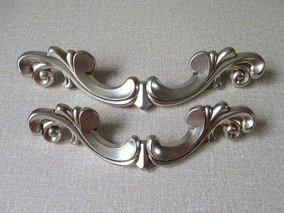 5 Cabinet Pull Handles / Dresser Pulls Knobs Handle Antique Silver Hardware  by LynnsGraceland, $7.50 - 21 Best Antique Hardware Images On Pinterest Lever Door Handles