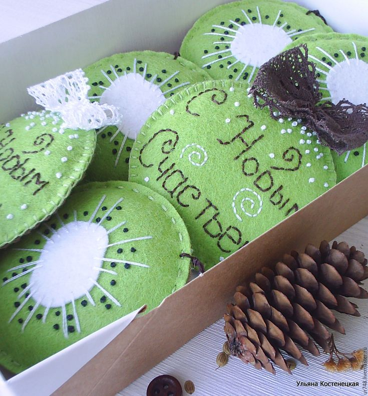 """Купить Новогодние елочные украшения """"Сочный киви"""" - салатовый, зеленый, новогодние подарки, Новогодние сувениры"""