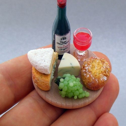 Miniature Food Sculptures byShay Aaron.
