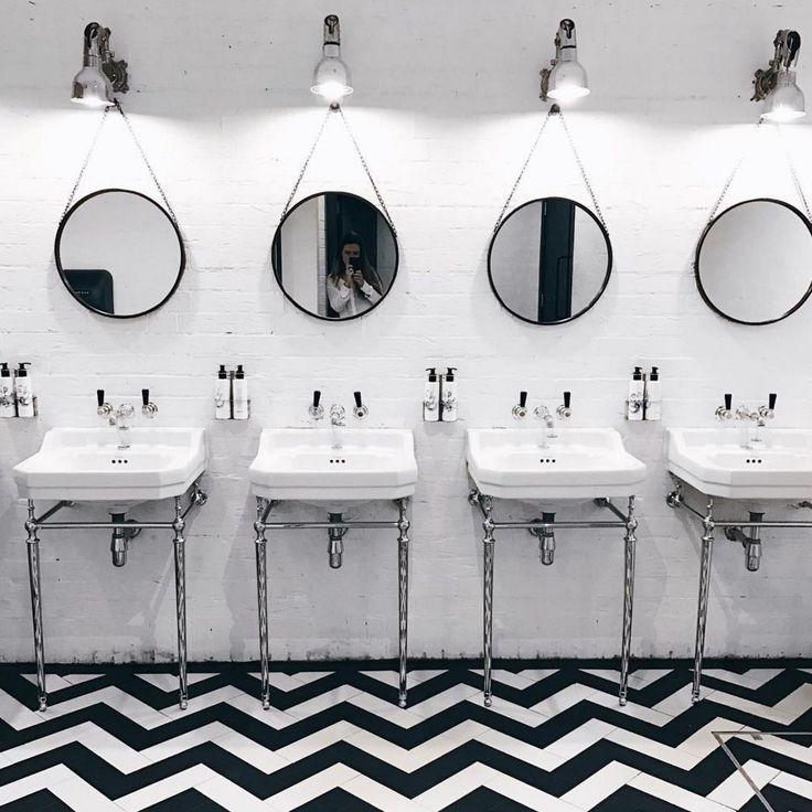 Beach Blanket Babylon Venue Hire: 1000+ Ideas About London Restaurants On Pinterest