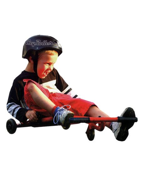 L' Ezyroller Classic Rouge est un véhicule unique qui plaît à tous les âges. Ce n'est ni un vélo, ni un kart. Il n'a pas de chaines, ni de pédales. Son fonctionnement est différent et amusant. L'enfant s'assied sur le siège en toile, pose ses pieds sur la barre transversale et c'est parti.
