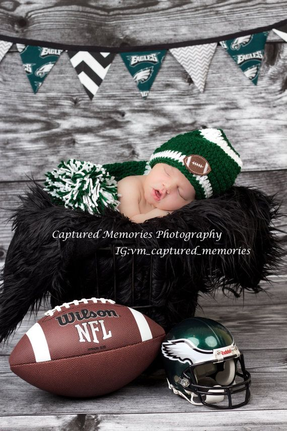 Hey, I found this really awesome Etsy listing at https://www.etsy.com/listing/174025342/bunting-banner-philadelphia-eagles