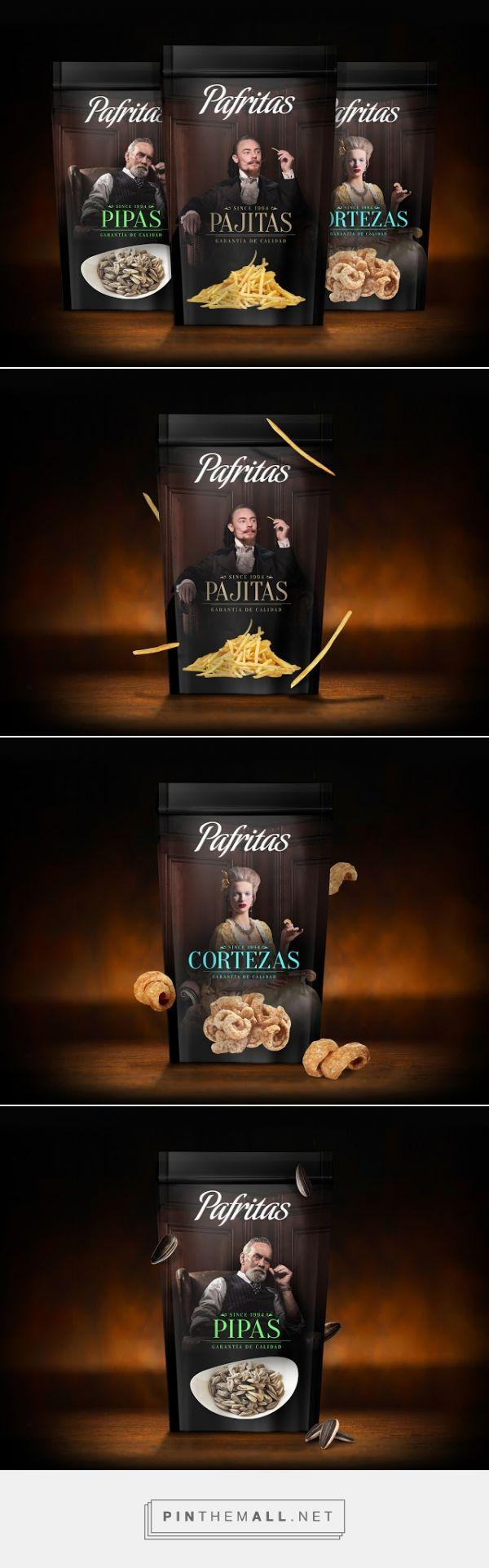 Royal Pafritas crisps #packaging designed by grantipo - http://www.packagingoftheworld.com/2015/12/royal-pafritas.html
