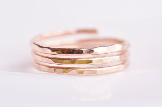 Rose gold ring (closed band) from Etsy!