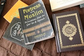 Muslimah in Solace: What every Muslimah should take to Hajj/Umrah- Tips and Tricks