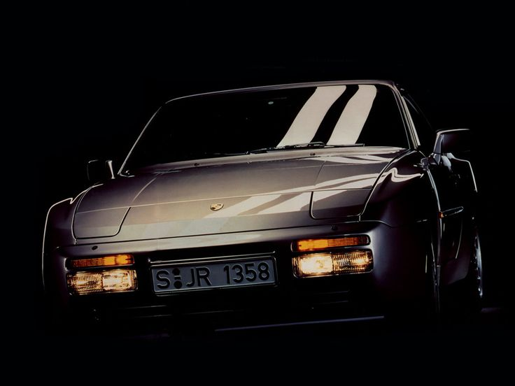 Porsche 944 Turbo. Vrr sexy. Had one pretty good .