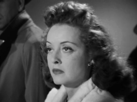 Bette Davis in Deception (Irving Rapper, 1946)