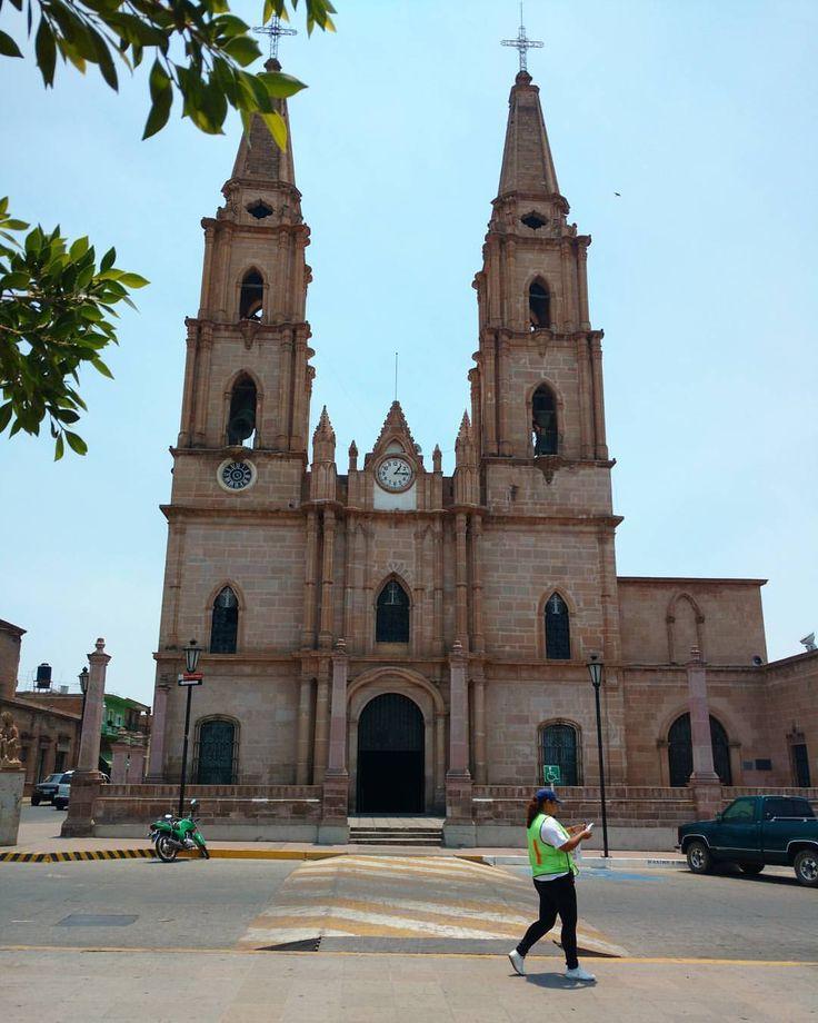 El 31 de diciembre de 1861, al pueblo de San Ignacio de Morelos se le da el nombre de Degollado y se erige en municipalidad, cambiando su nombre en memoria del ilustre general Santos Degollado....