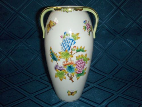 Herend Queen Victoria pattern vase. 8""