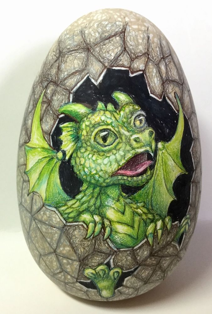 LARGER SIZE A. VERY DETAILED INDOORS OR GARDEN A HATCHING DRAGON EGG FIGURE