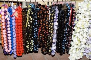 List of online stores to buy jewelry making supplies and beads.