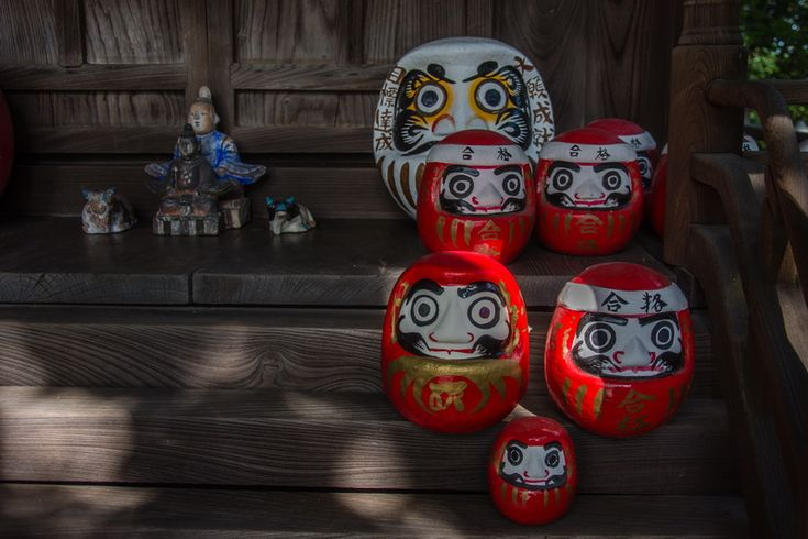 Daruma dolls, Achi shrine. Kurashiki