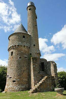 Tour de Bonvouloir in Juvigny-Val-d'Andaine ~ Normandy, France