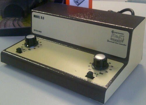 Gaugemaster GM-GMC-TS Three Track Cased Controller with Simulation