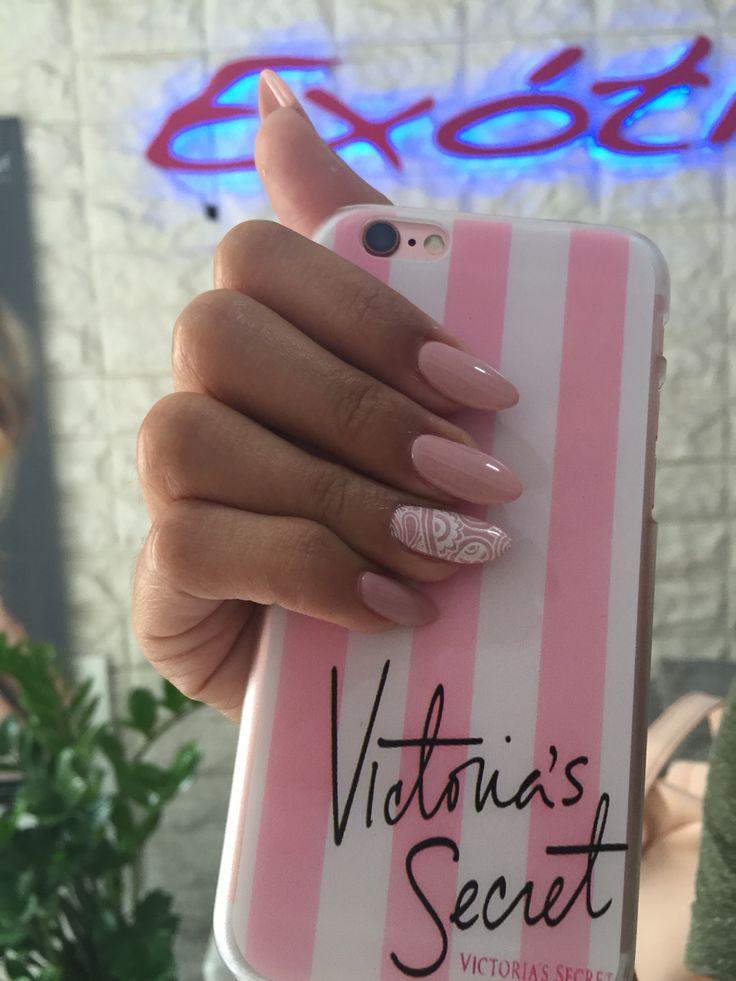 Nude Nails acrílico uñas estiletos