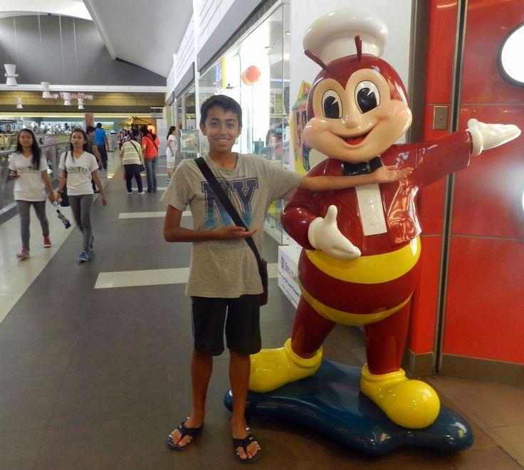 Matteo at Jollibee, SM Cebu City, July 16th.