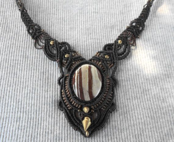 #Collar macrame #Handmade #macrame #necklace Macrame por GipsyCrafts