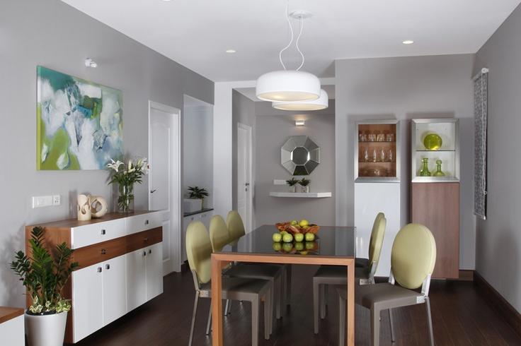 Dining Room - Skyline Ivy League    SAVIO and RUPA Interior Concepts Bangalore | professional apartment interior designers Banglaore | Modern villa Interior Designers | Residential Interior Designs