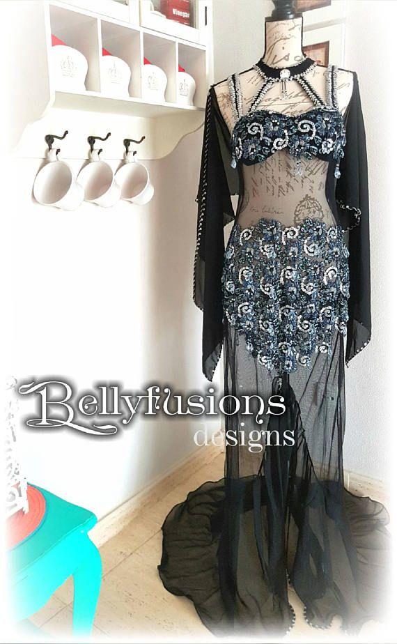 Mira este artículo en mi tienda de Etsy: Profesional Bellydance Costume Bellydance Dress https://www.etsy.com/es/listing/534465893/profesional-bellydance-costume