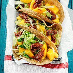 Tacos z kaczką, mango i sosem hoisin   Kwestia Smaku