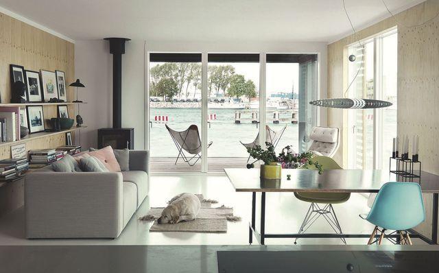 d co scandinave une maison scandinave pos e sur la mer photos d co et salons. Black Bedroom Furniture Sets. Home Design Ideas