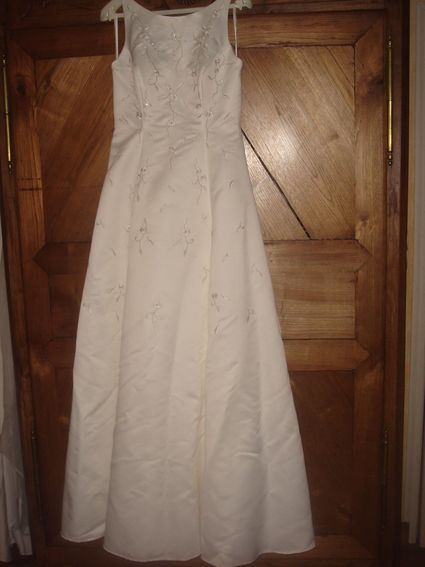 Robe de mariée pronuptia-jupon et voile forme princesse d'occasion