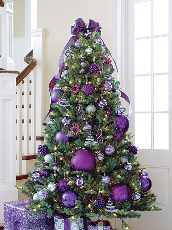 Daring enough to try trendy Purple this Christmas? http://cntr.ca/TIxOdX #decor