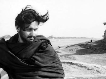 Saumitra Chatterjee in Apur Sansar - Satyajit Ray
