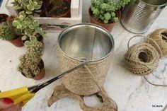 Come-realizzare-dei-vasi-per-le-piante-grasse-riciclando-i-barattoli-di-latta