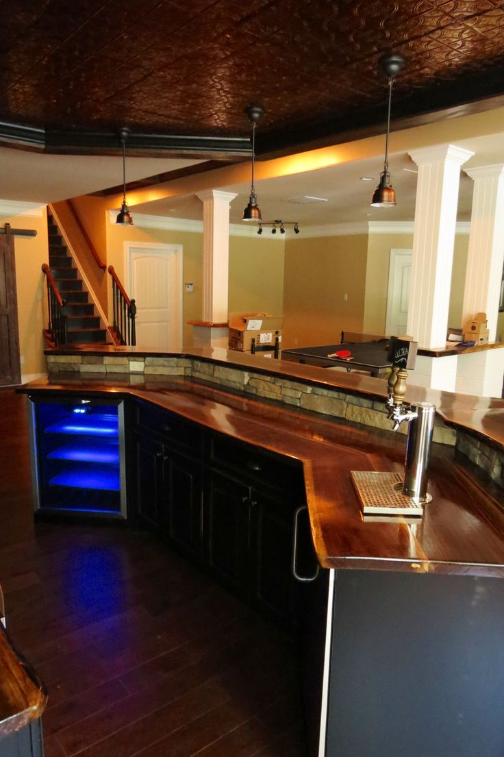 Basement bar, blacksplash tiling as ceiling