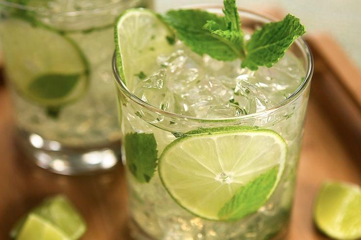 Le Mojito ! Laissez vous transporter vers les îles... #drinks #cocktail #mojito