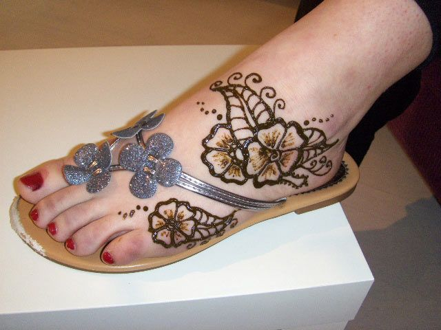 Mehndi Ankle Boots : Best mehndi designs for feet images hennas