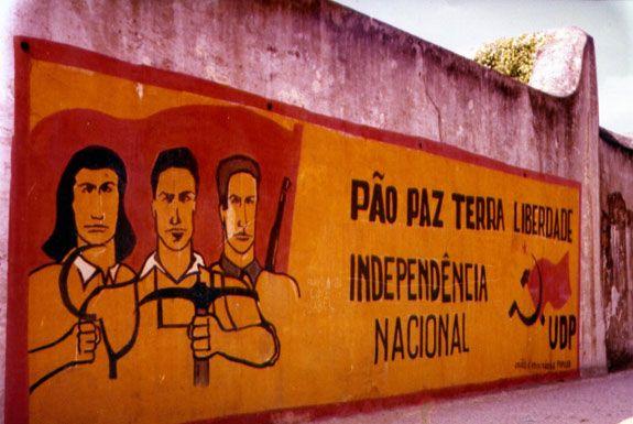 Paredes e murais do 25 de Abril - Portugal - TSF Rádio Notícias