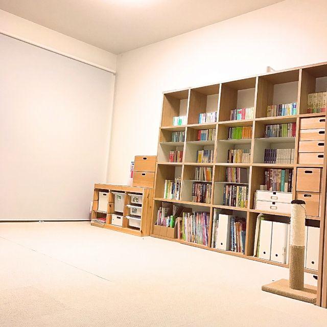kettiさんの、シンプルインテリア,シンプルライフ,IKEA,無印良品,マンション,ロールスクリーン,スタッキングシェルフ,本棚,元和室,タイルカーペット,部屋全体,のお部屋写真