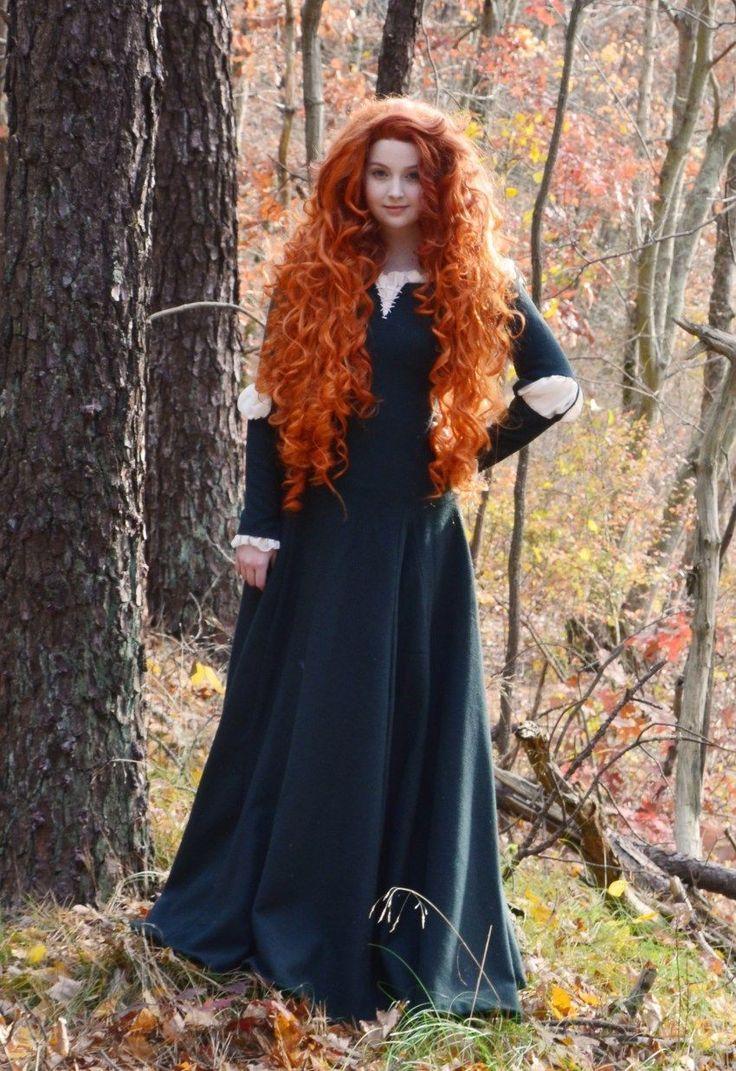 31 Most Beautiful Halloween Cosplay Costumes