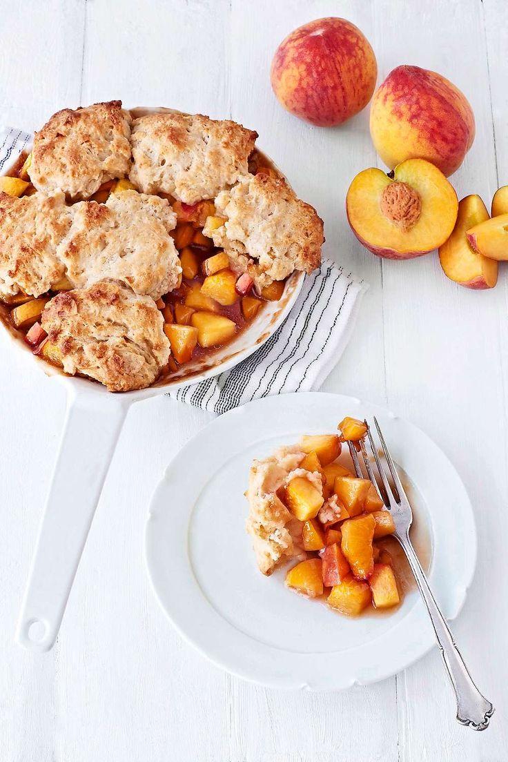 En enkel och klassisk amerikansk paj med persikor, som passar perfekt med en kula vaniljglass. Foto Susanna Blåvarg.