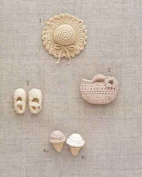 Oh. My. Gosh. These little guys are crocheted! Not that either of us will ever be capable of this...