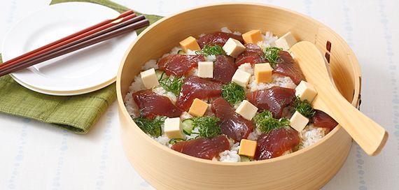 カツオとベルキューブの手こね寿司