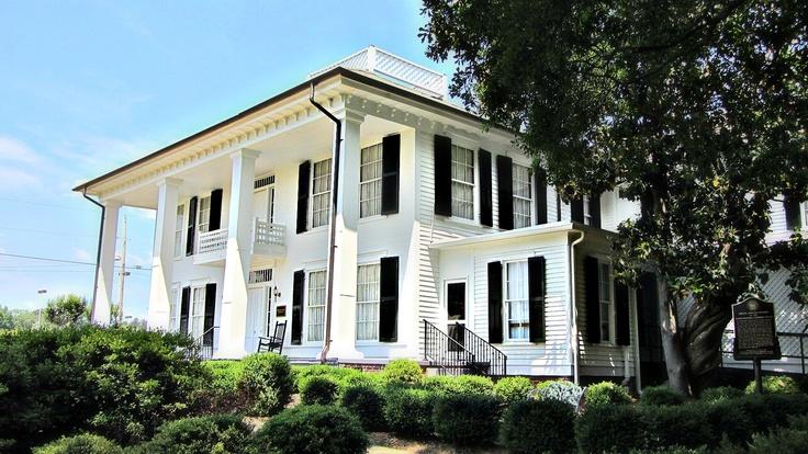 Historic Marsh House in Lafayette,GA