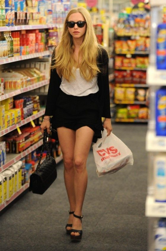 Amanda Seyfried Street Style Visit Gotceleb Com Style