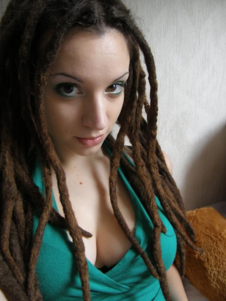 Naked girls with dreadlocks