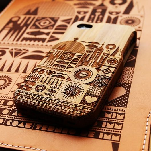etched wood iphone case