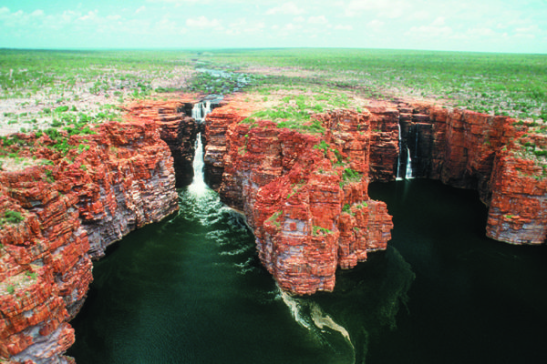 Witness the King George Falls on extraordinary Kimberley Coast. Exploring the coast is an adventure that can take you to some of the world's most remote untouched wilderness areas, uncovering a number of coastal delights, remarkable Aboriginal rock art sites, plunging waterfalls, pristine rivers, deserted beaches and abundant marine life.