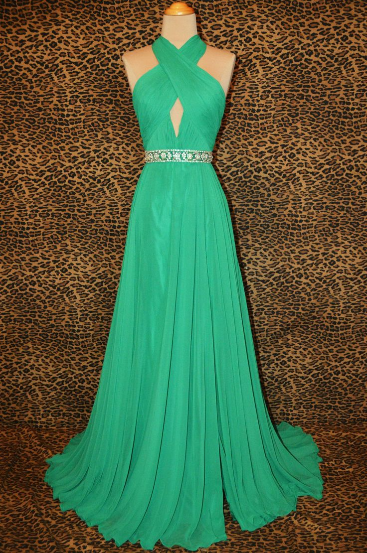 1048 best prom images on Pinterest | Homecoming dance, Long prom ...