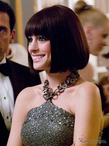 Anne Hathaway from Get Smart, next hair cut! -- www.whitesrose.etsy.com Go here for your Dream Wedding Dress & Fashion Gown!
