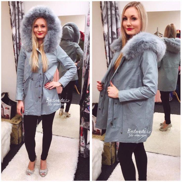 Stylish parka jacket with fur