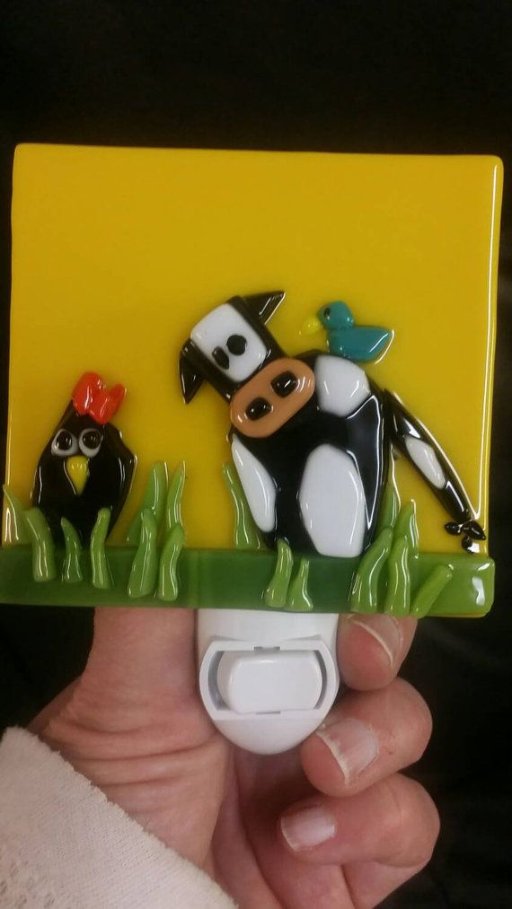 Hey, I found this really awesome Etsy listing at https://www.etsy.com/listing/264280822/cow-and-chicken-fused-glass-country