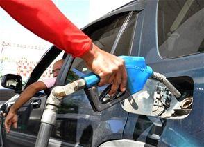 Formalizan acuerdo para regularizar estaciones combustibles y plantas GLP