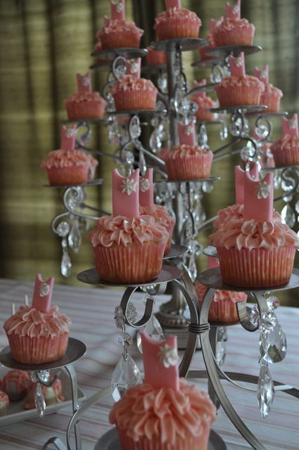 Ballerina / Birthday / Party Photo: Ballerina Cupcakes