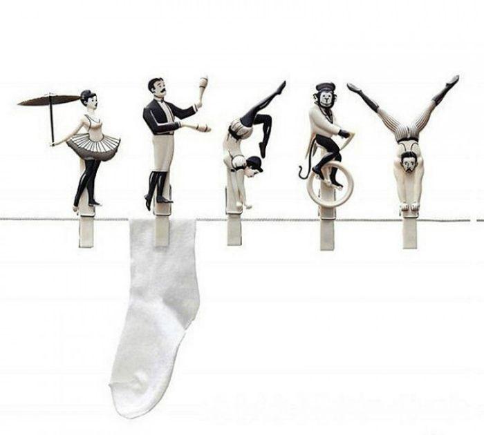Фантастические прищепки, украшенные фигурками цирковых артистов.